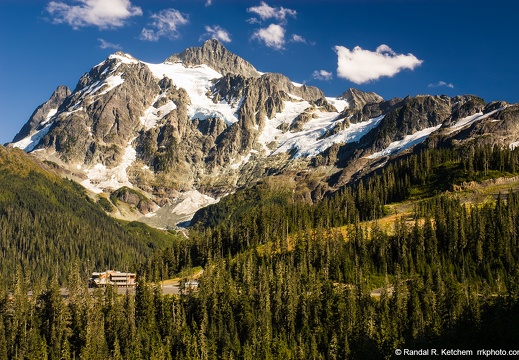Mount Shuksan and White Salmon Lodge
